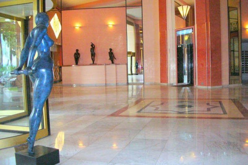 Entrée Location Appartement 5501 Cannes