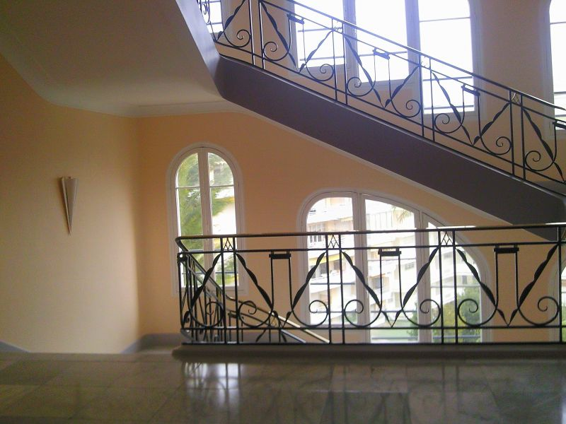 Couloir Location Appartement 5501 Cannes