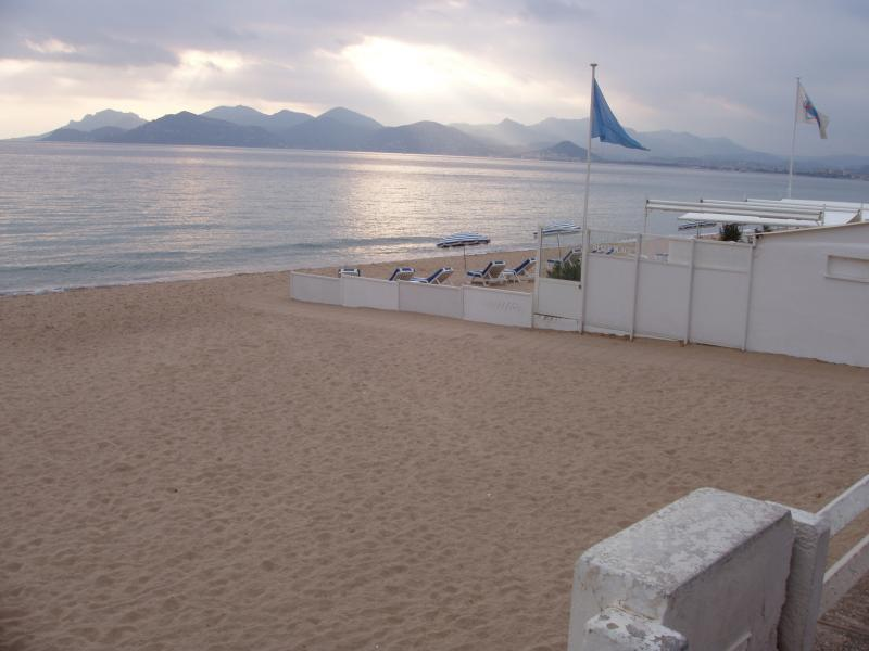 Plage Location Appartement 5542 Cannes