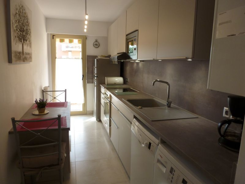 Cuisine indépendante Location Appartement 5623 Saint Raphael