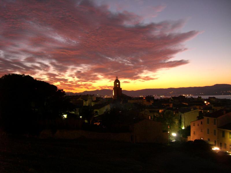 Vue à proximité Location Appartement 5689 Saint Tropez
