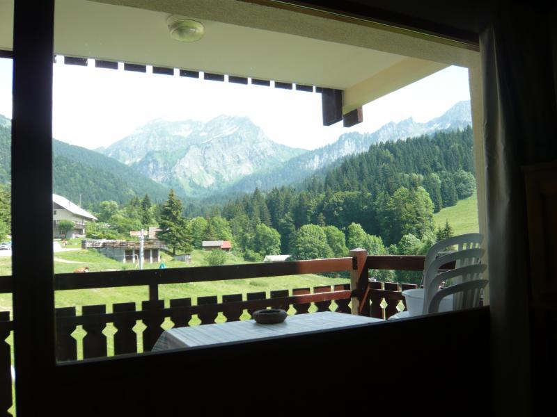 Vue du balcon Location Studio 56981 Bellevaux Hirmentaz La Chèvrerie