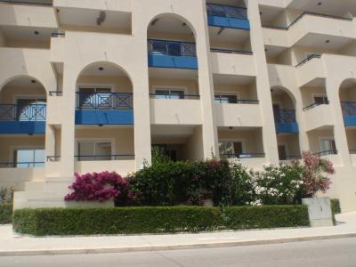 Vue ext�rieure de la location Location Appartement 57715 Arma��o de Pera