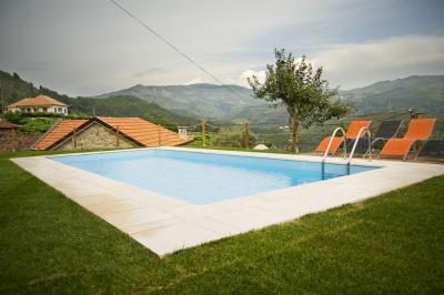 Piscine Location Gite 57730 Arcos de Valdevez