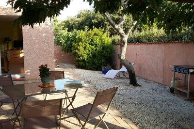 Vue de la terrasse Location Studio 5774 Hyères