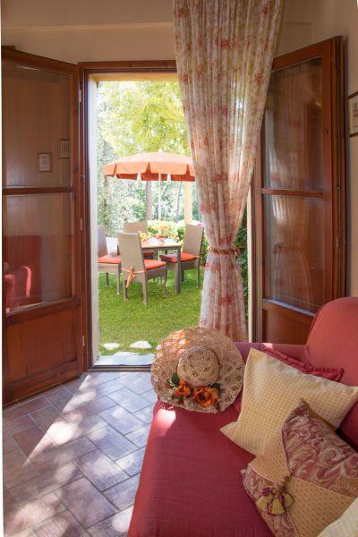 Salle à manger Location Appartement 58105 Gambassi Terme