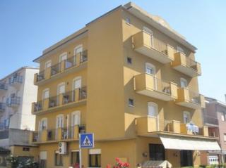 Vue ext�rieure de la location Location Chambre d'h�te 58107 Rimini