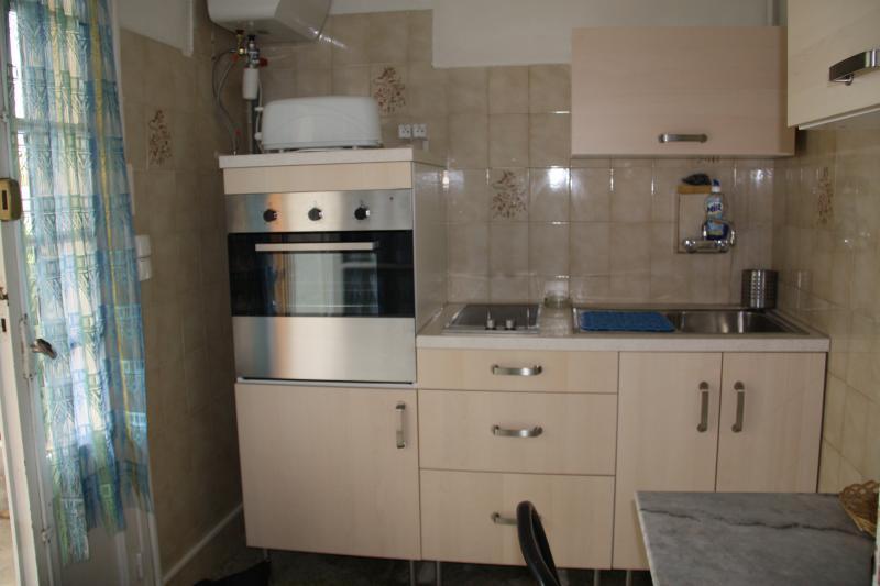 Cuisine indépendante Location Appartement 5818 Hyères