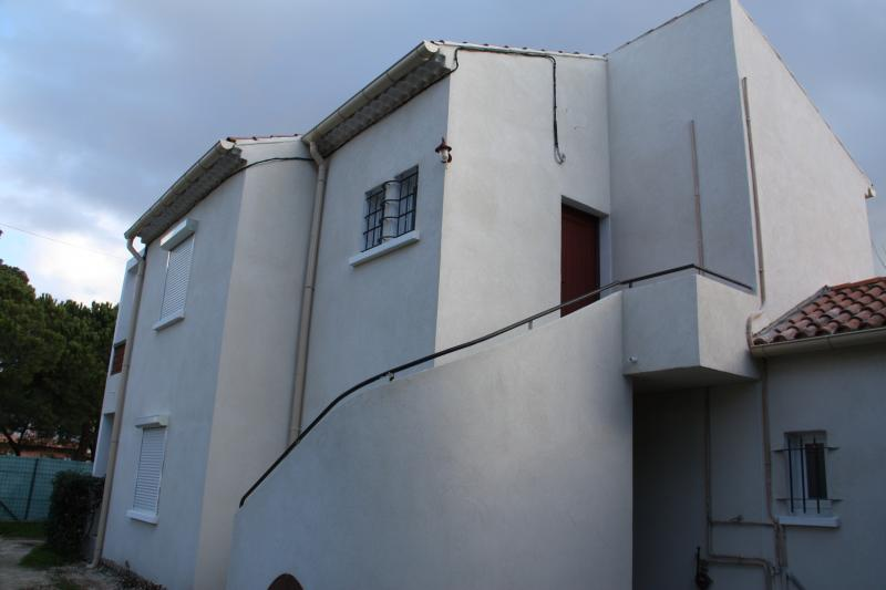 Vue extérieure de la location Location Appartement 5820 Hyères