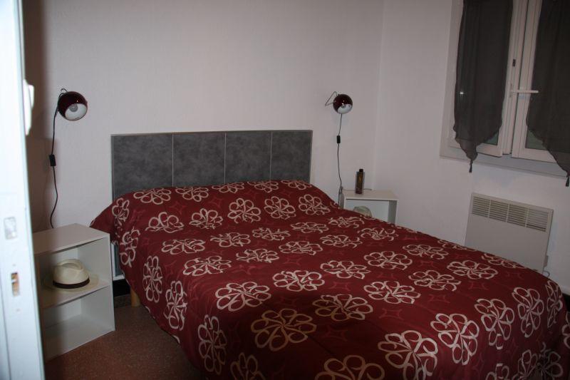chambre 2 Location Appartement 5820 Hyères