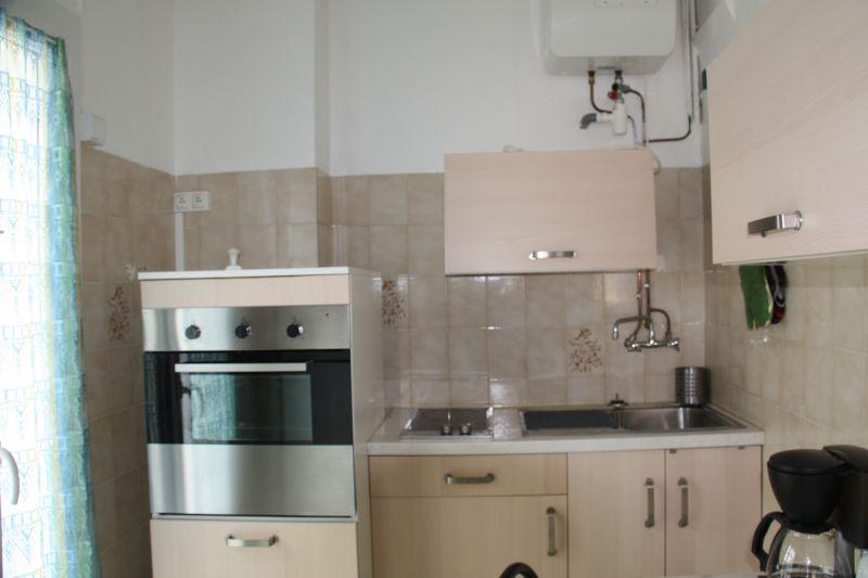 Cuisine indépendante Location Appartement 5820 Hyères