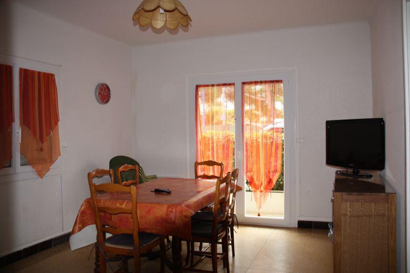 Séjour Location Appartement 5820 Hyères
