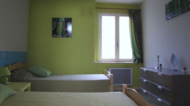 chambre 2 Location Gite 58227 Carcassonne
