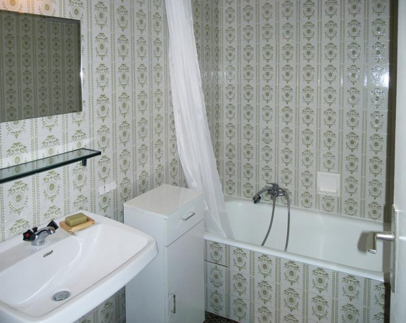 salle de bain Location Studio 58480 Alpe d'Huez