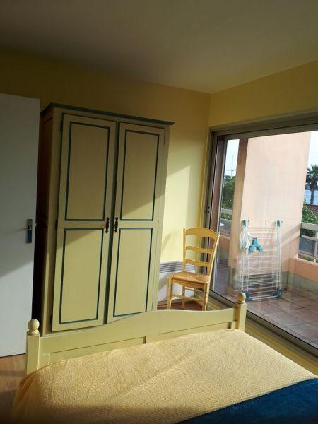 chambre 1 Location Appartement 5865 Sanary