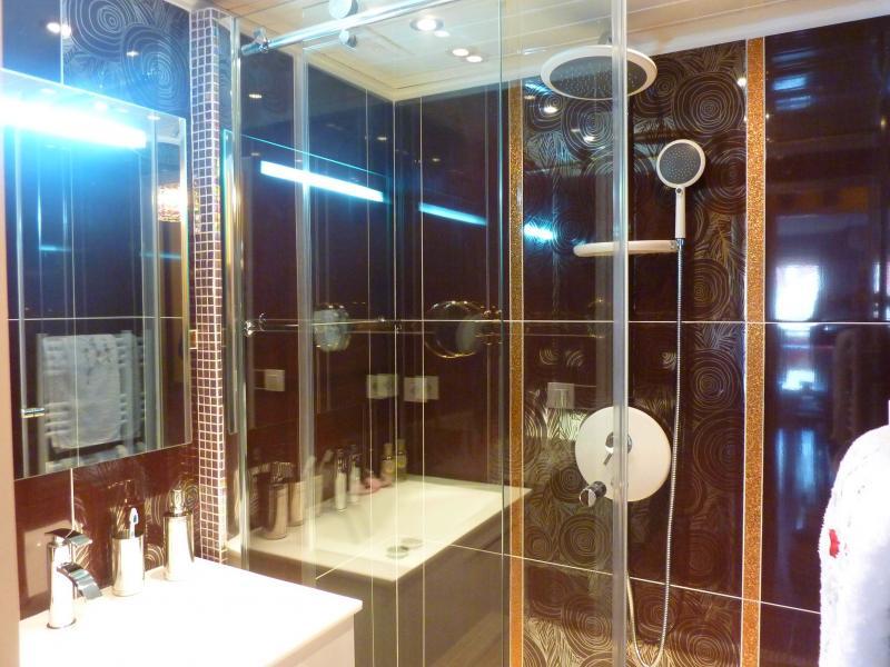 salle de bain Location Appartement 58684 Cannes