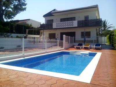 Vue ext�rieure de la location Location Villa 59145 L'Ampolla