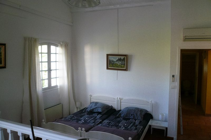 chambre 1 Location Appartement 5933 La Ciotat