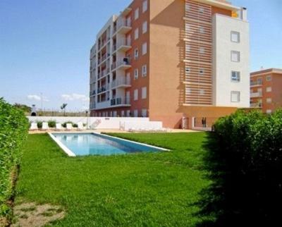 Vue ext�rieure de la location Location Appartement 59414 Arma��o de Pera