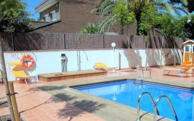 Piscine Location Appartement 59696 Casteldefels