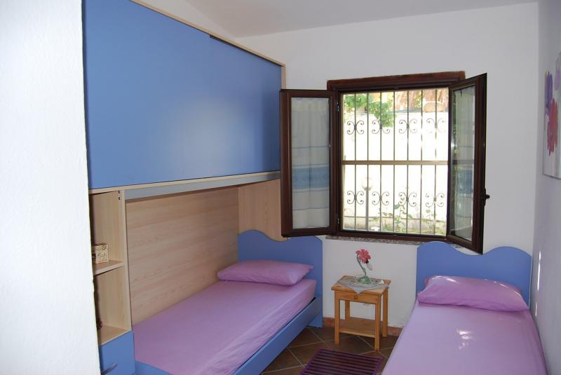chambre 3 Location Villa 59840 Villasimius