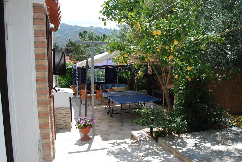 Vue extérieure de la location Location Villa 59840 Villasimius