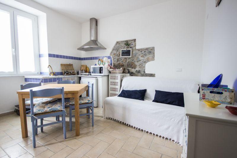Location Appartement 59988 Ameglia