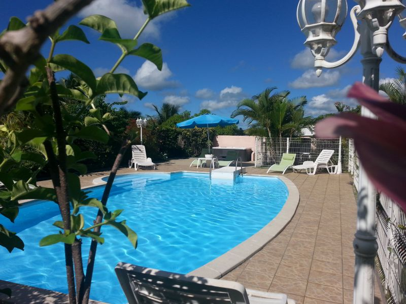 Piscine Location Gite 60117 Sainte Anne (Guadeloupe)