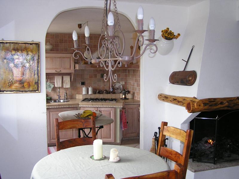 Location Studio 60826 La Maddalena