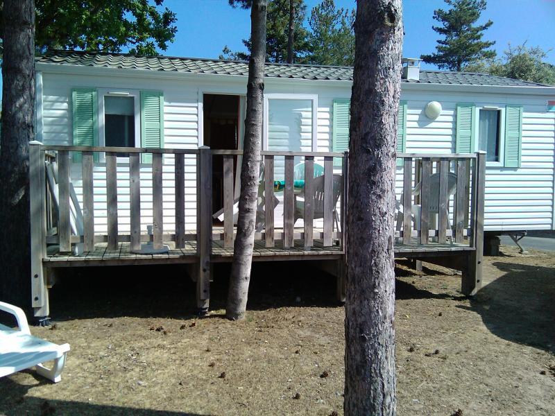 Vue extérieure de la location Location Mobil-home 60835 Saint Jean de Monts