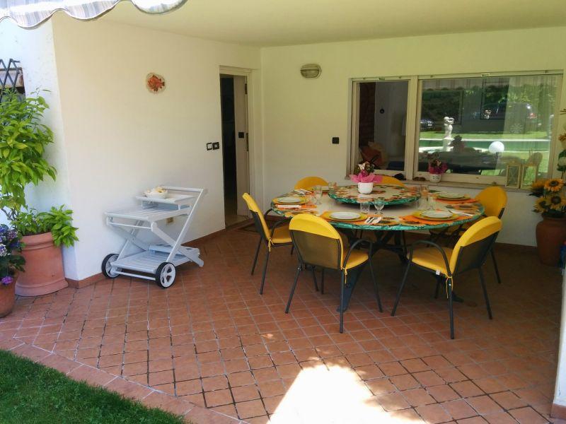 Entrée Location Villa 61113 Garda