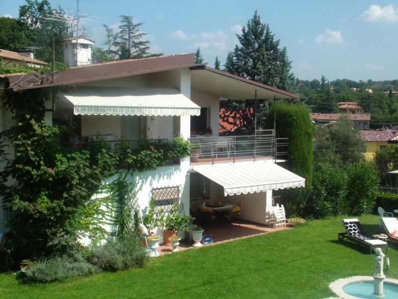 Vue depuis la location Location Villa 61113 Garda