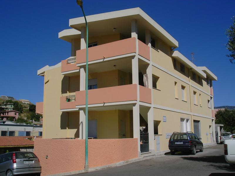 Vue extérieure de la location Location Appartement 61164 Villasimius