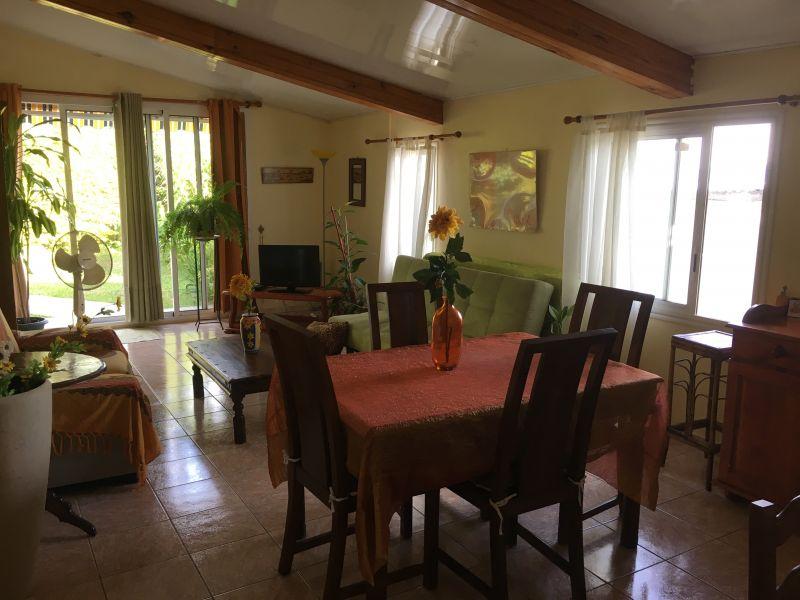 Séjour Location Maison 61332 Sainte-Suzanne
