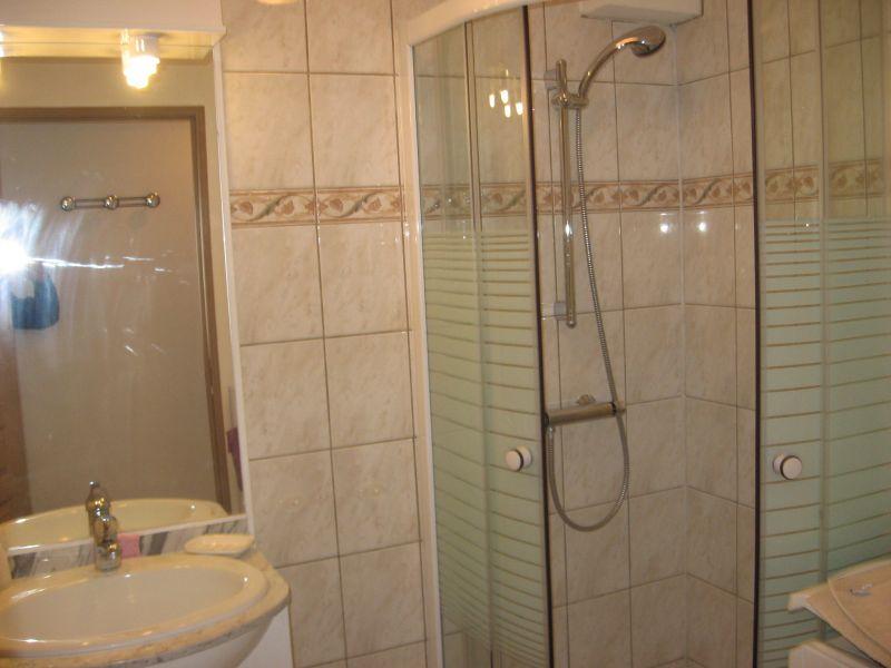 Salle d'eau Location Appartement 62006 Bandol