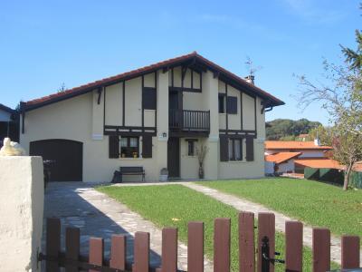 Vue ext�rieure de la location Location Villa 62254 Hendaye