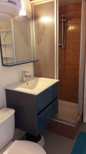 salle de bain Location Studio 6299 Gruissan