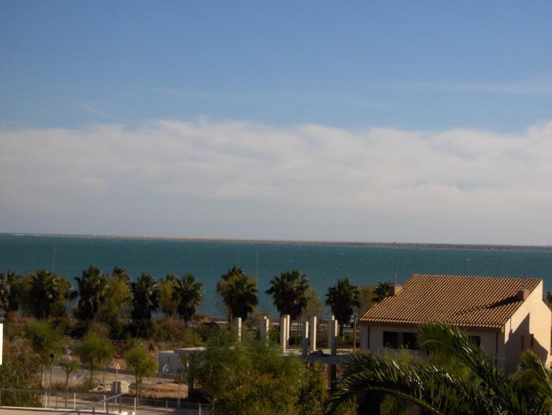 Vue de la terrasse Location Villa 63018 L'Ampolla