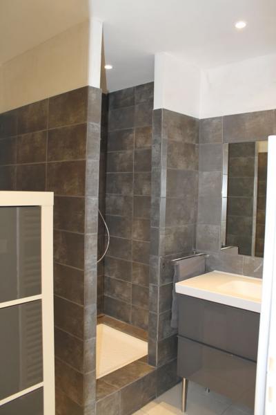 salle de bain Location Appartement 63319 La Londe les Maures
