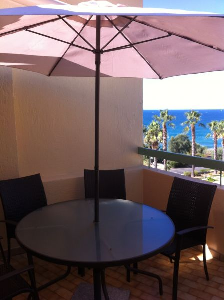 Terrasse Location Appartement 63327 Sanary