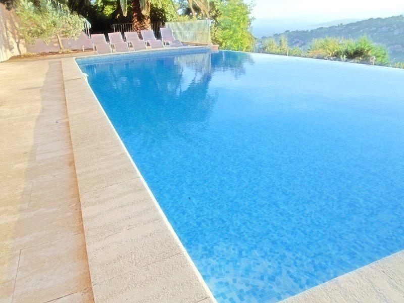 Piscine Location Villa 63384 Les Issambres
