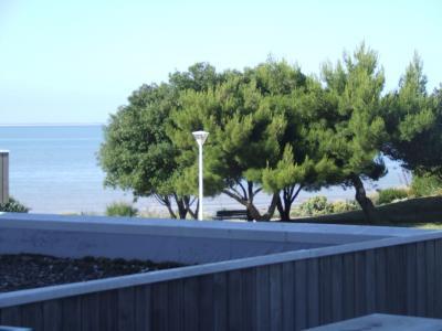 Vue de la terrasse Location Studio 6997 La Rochelle