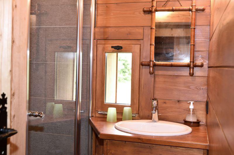 salle de bain 3 Location Chalet 706 Chamonix Mont-Blanc