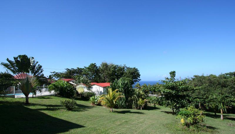 Jardin Location Bungalow 8061 Bouillante