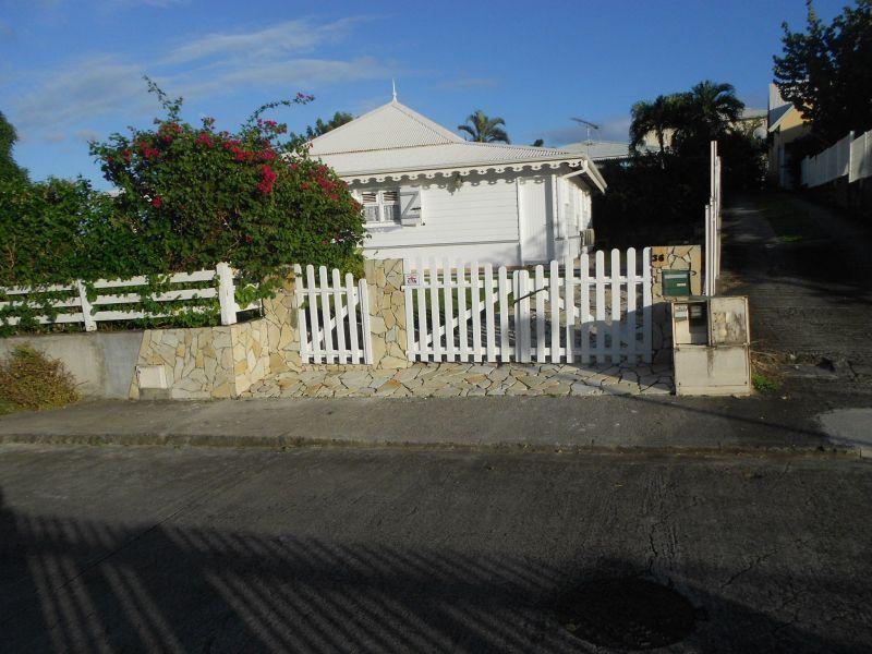 Entrée Location Villa 8123 Sainte Anne (Martinique)
