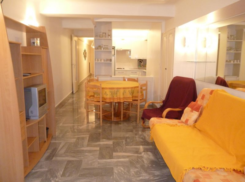 Séjour Location Appartement 8341 Nice