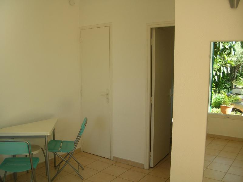 Vue autre Location Studio 8625 Bandol