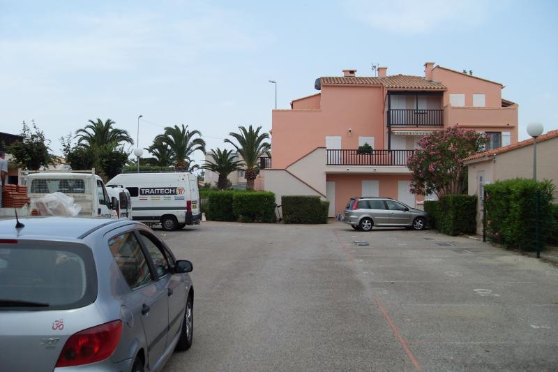 Parking Location Studio 8732 Saint Cyprien Plage