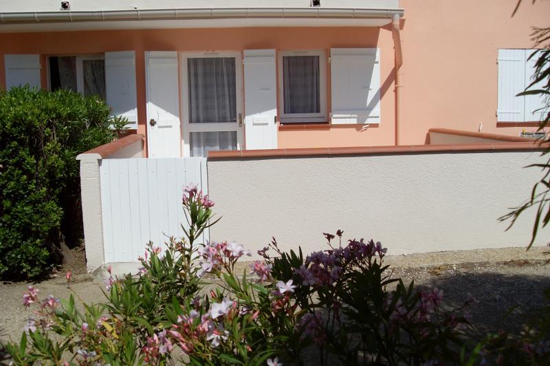 Vue extérieure de la location Location Studio 8732 Saint Cyprien Plage