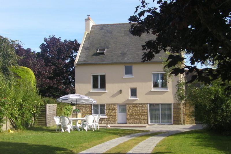 Vue extérieure de la location Location Maison 9864 Crozon
